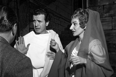 Franco Corelli con Maria Callas in Poliuto – Scala, 7 dicembre 1960 (Archivio Teatro alla Scala)