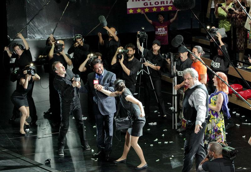 scena d'insieme - foto del Teatro alla Scala