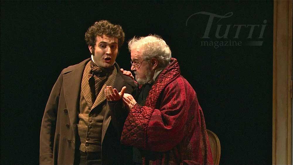 Mario Cassi - Dr. Malatesta accanto a Desderi