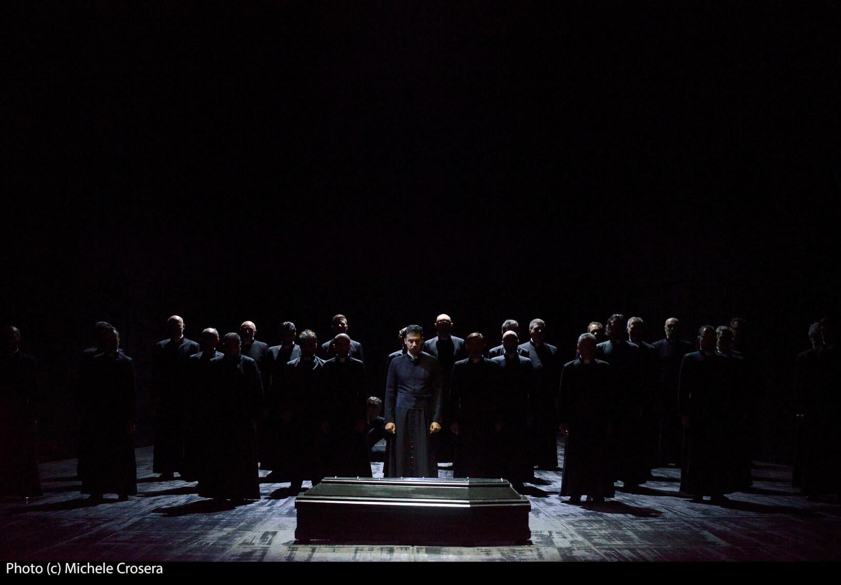 Teatro La Fenice - Don Carlo, a. I.1 sc. 1 - foto @ Michele Crosera