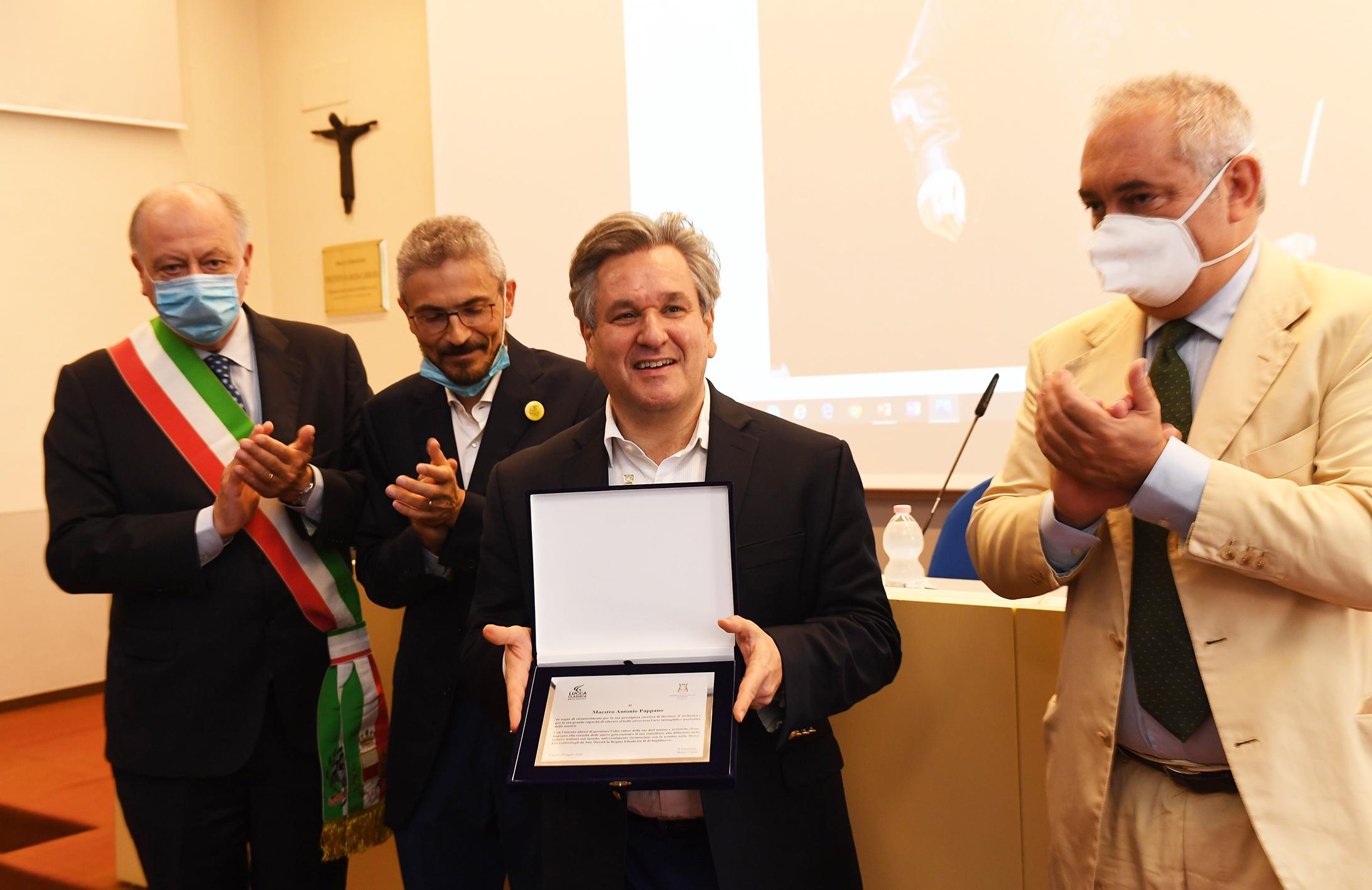 Consegna del Lucca Classica 2020 a Sir Antonio Pappano  - foto @ ufficio stampa Lucca Classica
