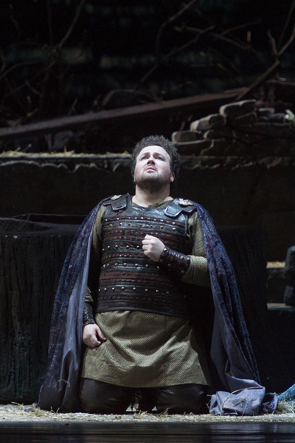 Stefan Pop nel ruolo di Pollione - foto di Francesco Sgueglia