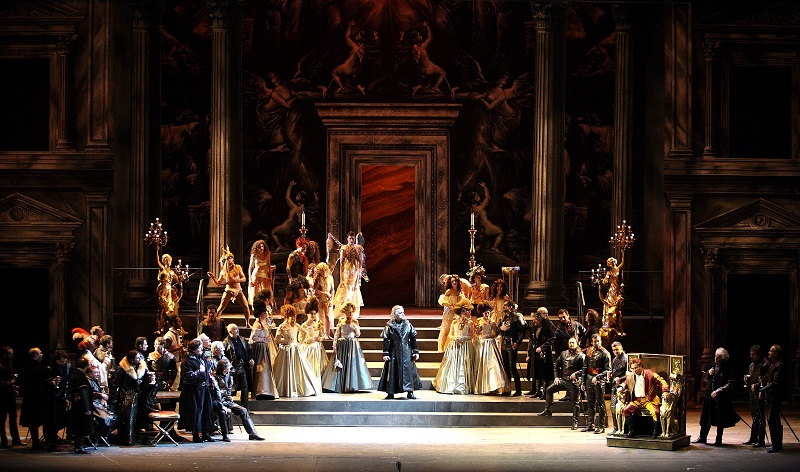Una scena di Rigoletto - foto Marcello Orselli