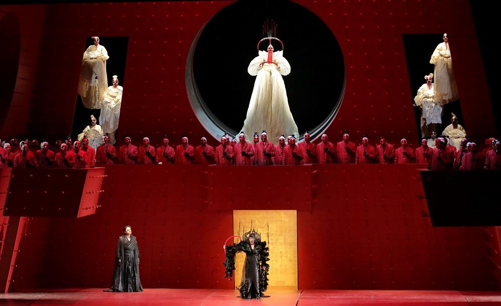 Scena d'insieme: Foto Brescia/Amisano – Teatro alla Scala