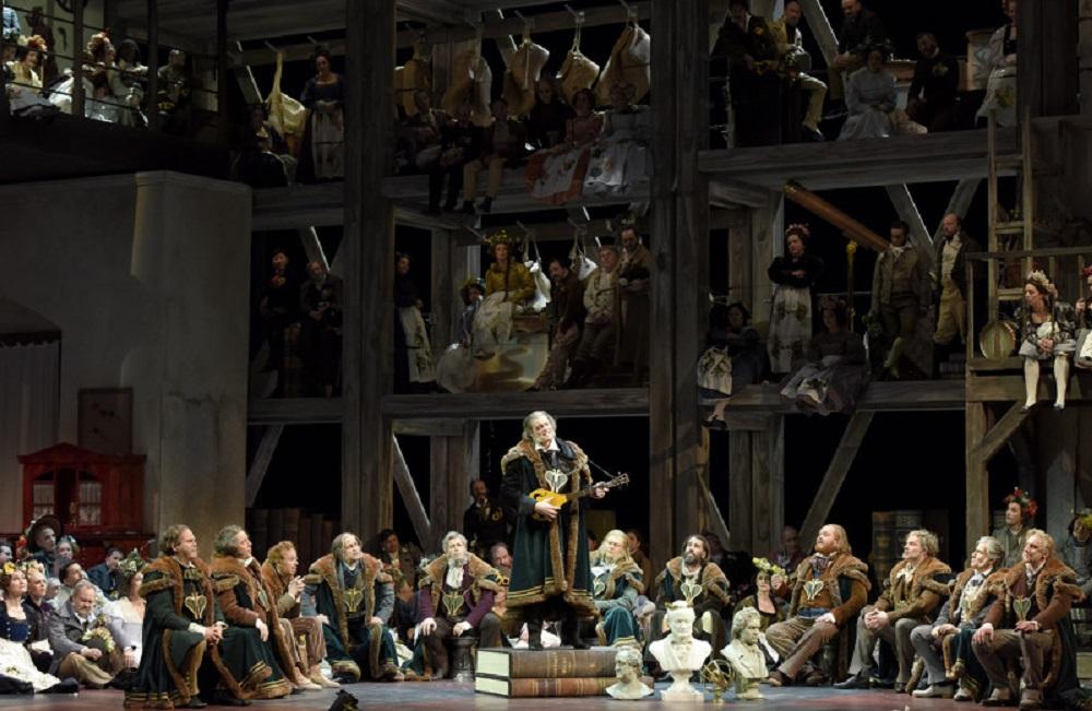 Gerald Finley (Hans Sachs), Bo Skovhus (Sixtus Beckmesser) et Günther Groiss ©Vincent Pontet / Opéra national de Paris