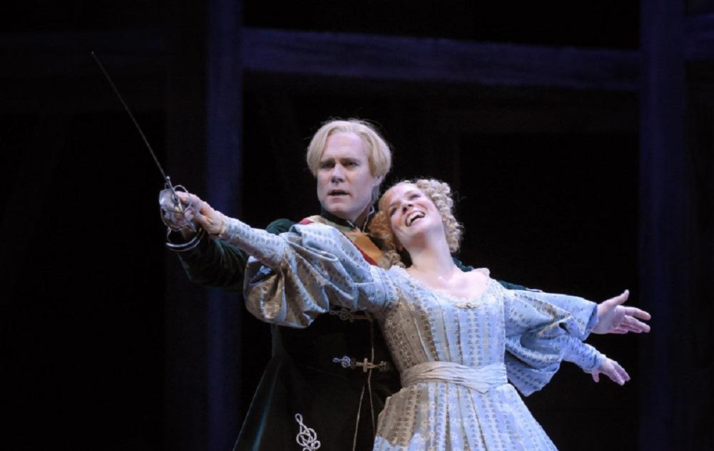 Bo Skovhus (Sixtus Beckmesser) et Brandon Jovanovich (Walther von Stolzing) ©Vincent Pontet / Opéra national de Paris