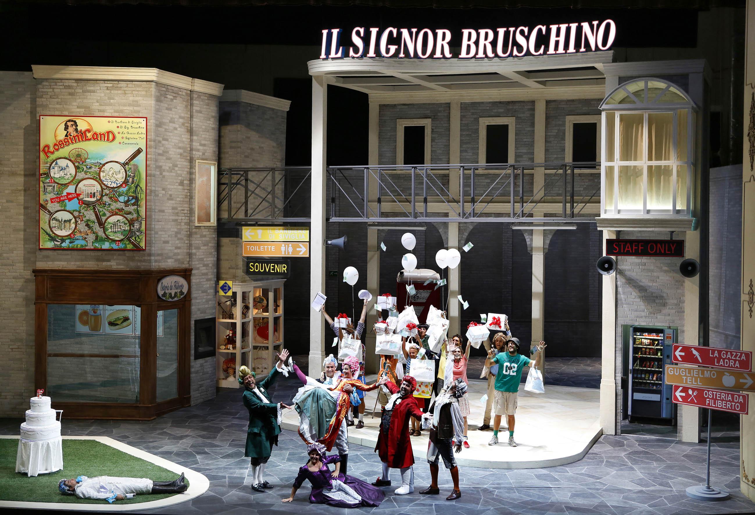 Il finale dell'opera - Foto Amati Bracciardi