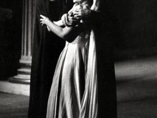 Franco Corelli e Maria Callas ne La Vestale – Scala, 7 dicembre 1954 (Archivio Teatro alla Scala)