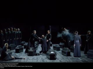 Teatro La Fenice - Don Carlo, a. IV sc. 3 - foto @ Michele Crosera