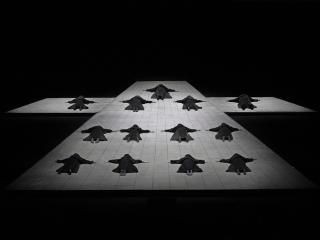 Scena di apertura - Photo: Ken Howard / Met Opera