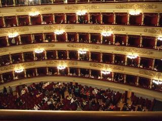 La Scala - @ Creative Commons Attribution