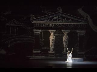 Salome Kammer in Medea di Georg Benda - ph. Rocco Casaluci