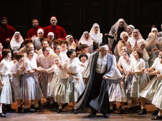 Alfonso Antoniozzi e Voci Bianche - Credit Brescia/Amisano – Teatro alla Scala