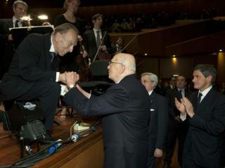 Claudio Abbado con Giorgio Napolitano il 20 novembre 2011 - foto Musacchio-Ianniello/ANSA