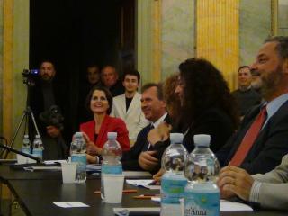 La giuria schierata - foto di OperaClick