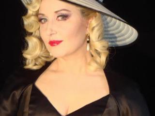 Elena Mosuc nei panni di Stella - Jacques Offenbach: Les Contes d'Hoffmann (Zurich Opera House, 2010 - Photo: Jennifer