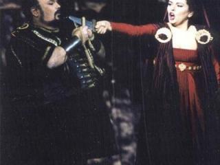 Fiorenza Cedolins e Francisco Casanova