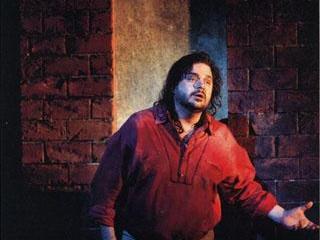 Manrico (Marco Berti) - foto del ruolo sostenuto al Covent Garden
