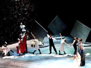 Lohengrin - coreografie di Valentina Escobar, regia Henning Brockhaus. Teatro Municipal di Sao Paulo del Brasil