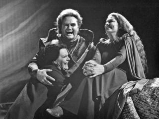 Jon Vickers with Roberta Knie, right, Isolde, and Maureen Forrester, Brangane