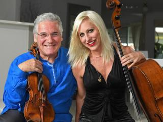 Pinchas Zukerman e Amanda Forsyth (foto Tom Huntley)