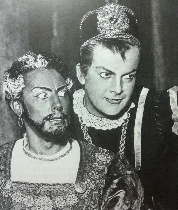 Otello accanto a Tito Gobbi