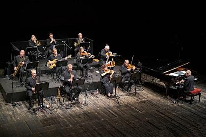 Foto tratta dal sito ufficiale di Michael Nyman www.michaelnyman.com