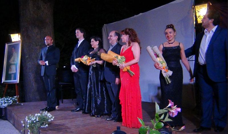 gli applausi finali con tutti i protagonisti della serata - foto di Danilo Boaretto