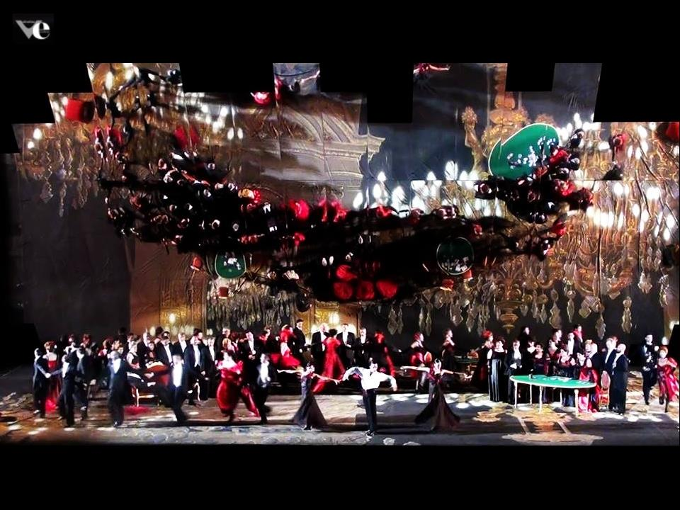 La Traviata, Macerata 2014. coreografie di Valentina Escobar , regia Henning Brockhaus